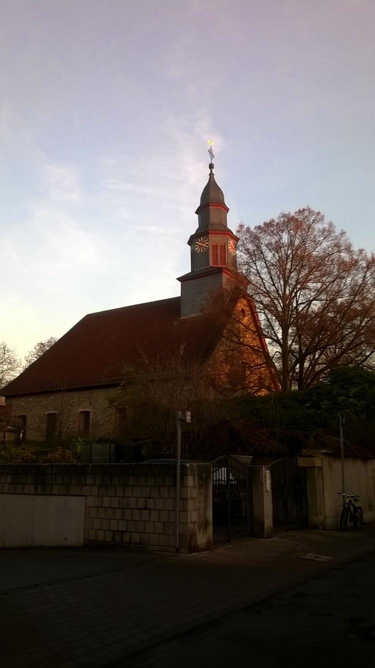 auferstehungsgemeuine-alt-praunheim
