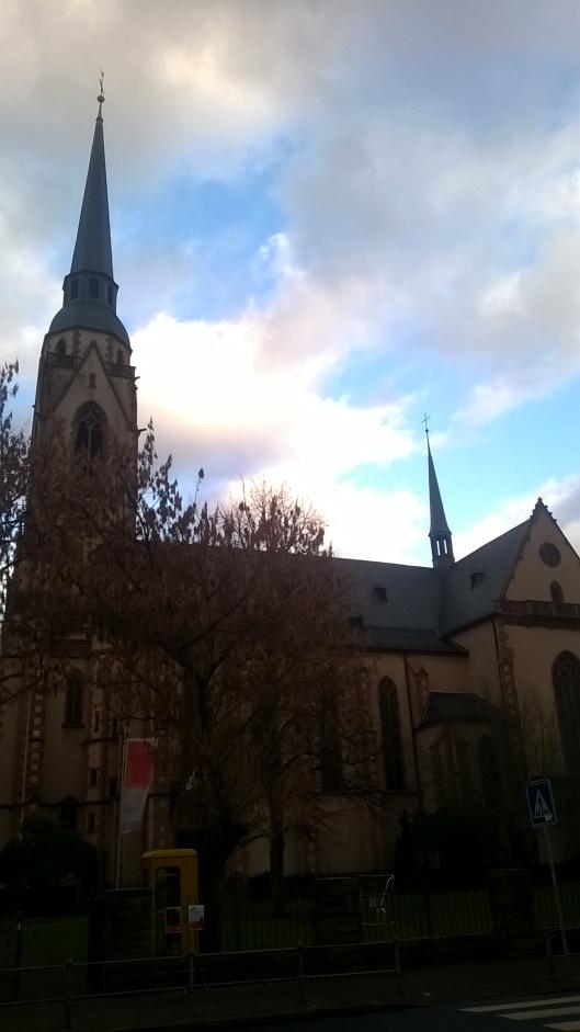 st-mauritiuskirche-alt-schwanheim